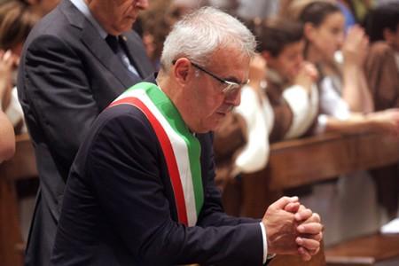 Il sindaco Carancini domenica scorsa durante la messa di San Giuliano