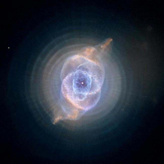 Cat-s-Eye-Nebula_gal_autore_12_col_portrait_sh-650x650