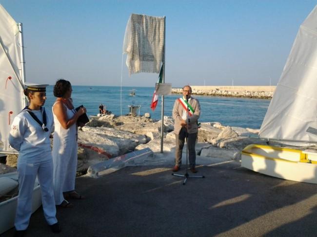 Corvatta inaugurazione targa San Marone Civitanova