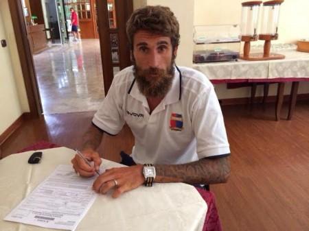 Daniele Degano firma per la Civitanovese