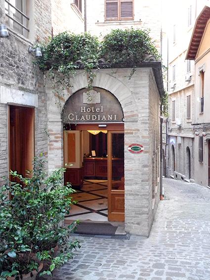 L'Hotel Claudiani di Macerata