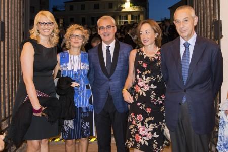 L'onorevo Manzi, il sindaco Carancini con la moglie eUmberto Del Basso De Caro