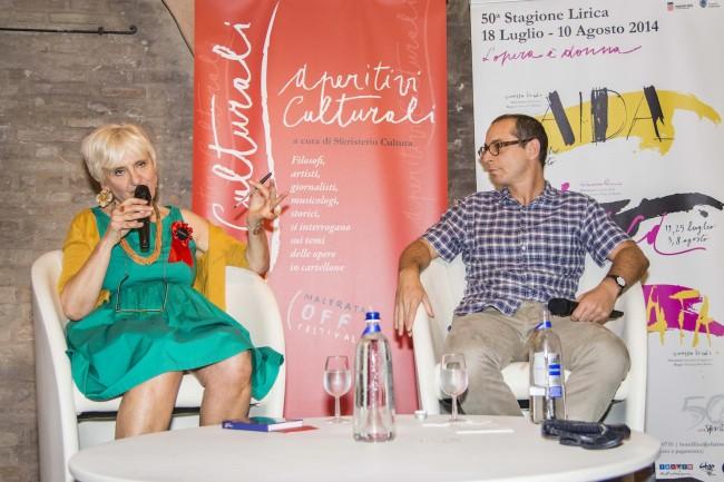 Cinzia Maroni e Francesco Micheli nell'ultimo appuntamento degli Aperitivi Culturali