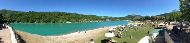 Il lago di Fiastra (foto Mauro Vallesi)