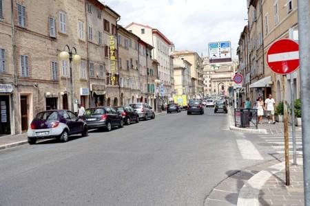 Corso Cairoli, quest'anno per la prima volta ospiterà le bancarelle di San Giuliano