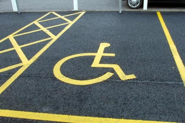 parcheggio-disabili-618x412 (1)