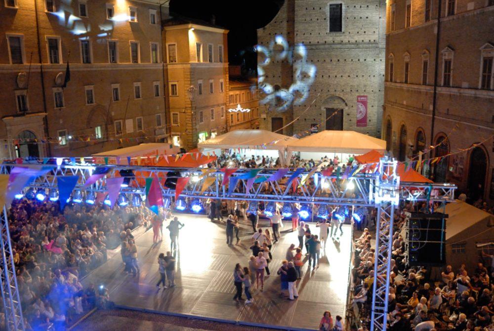 san giuliano sabato in piazza (30)