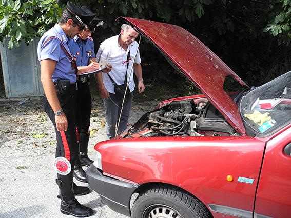 Auto Rubata per rapina Banca (5)