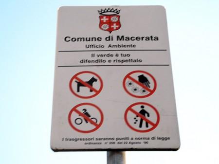 Il divieto di accesso ai cani