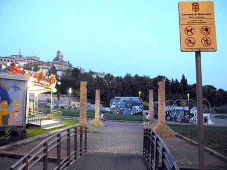 Divieto accesso cani_Terrazza dei popoli Macerata (4)