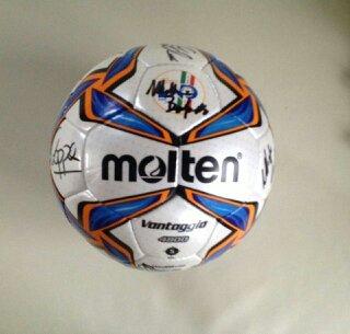 Il pallone autografato