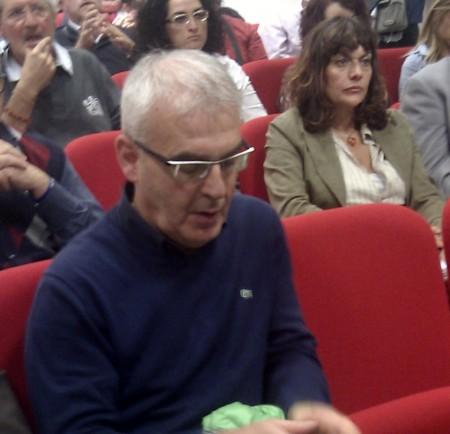 Il sindaco Romano Carancini oggi alla tavola rotonta sui servizi pubblici nella sede della provincia