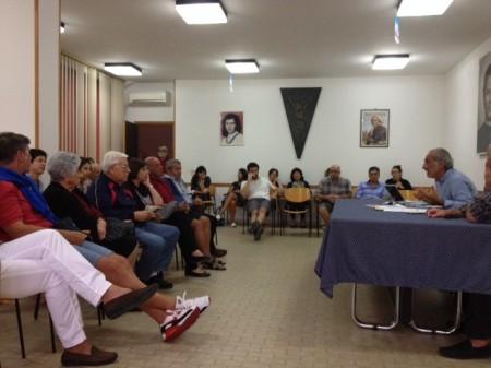 La riunione fra residenti e amministrazione