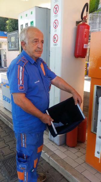 Vincenzo Apicella, gestore del distributore Ip di via Roma