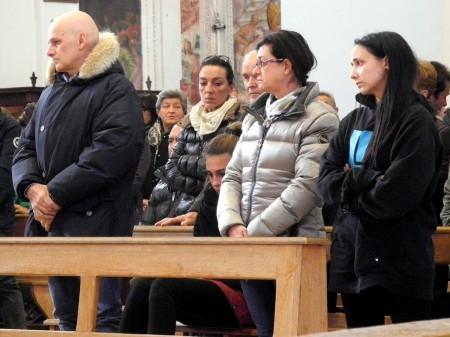 I genitori di Tommaso, Giovanni e Giuliana con la sorella Rachele e la fidanzata Anna