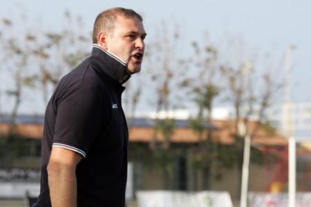 L'allenatore della Civitanovese Antonio Mecomonaco