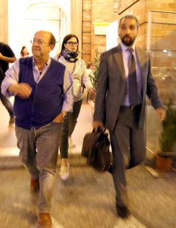 Fabio Paci, presidente della  Fontescodella spa ha sottoscritto l'accordo integrativo dopo ore in Comune