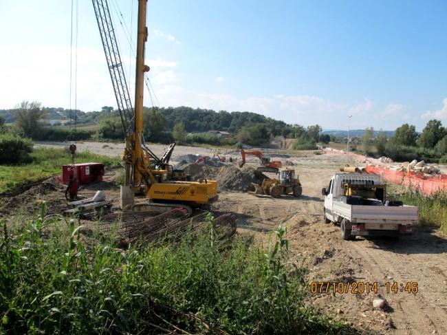 I lavori in corso al Ponte di Colbuccaro