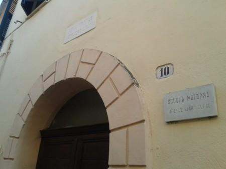 L'ingresso della scuola materna del convento