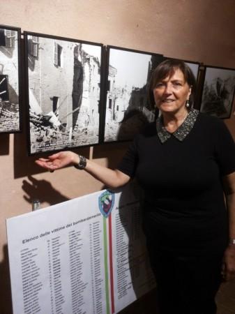 Gilda Coacci durante l'esposizione