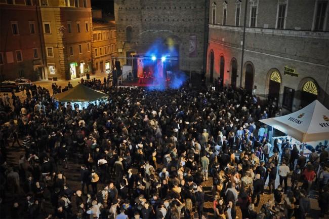 overtime piazza libertà
