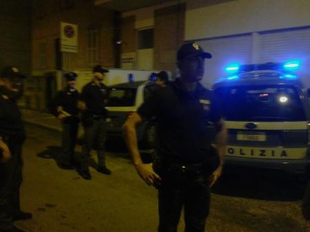 polizia notte locali (2)