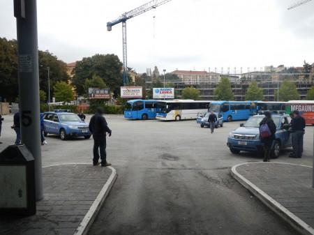 Controlli-Piazza-Pizzarello-polizia