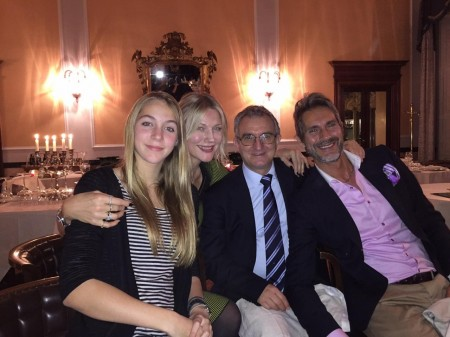 Natasha Stefanenko, il marito Luca Sabbioni, la figlia Sasha e il professor Caraffa