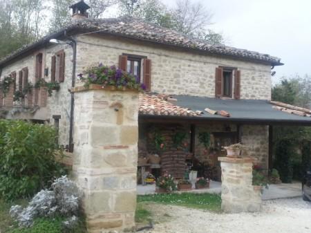 La villa del geometra Sensini dove si è consumata la rapina a Camerino dello scorso novembre