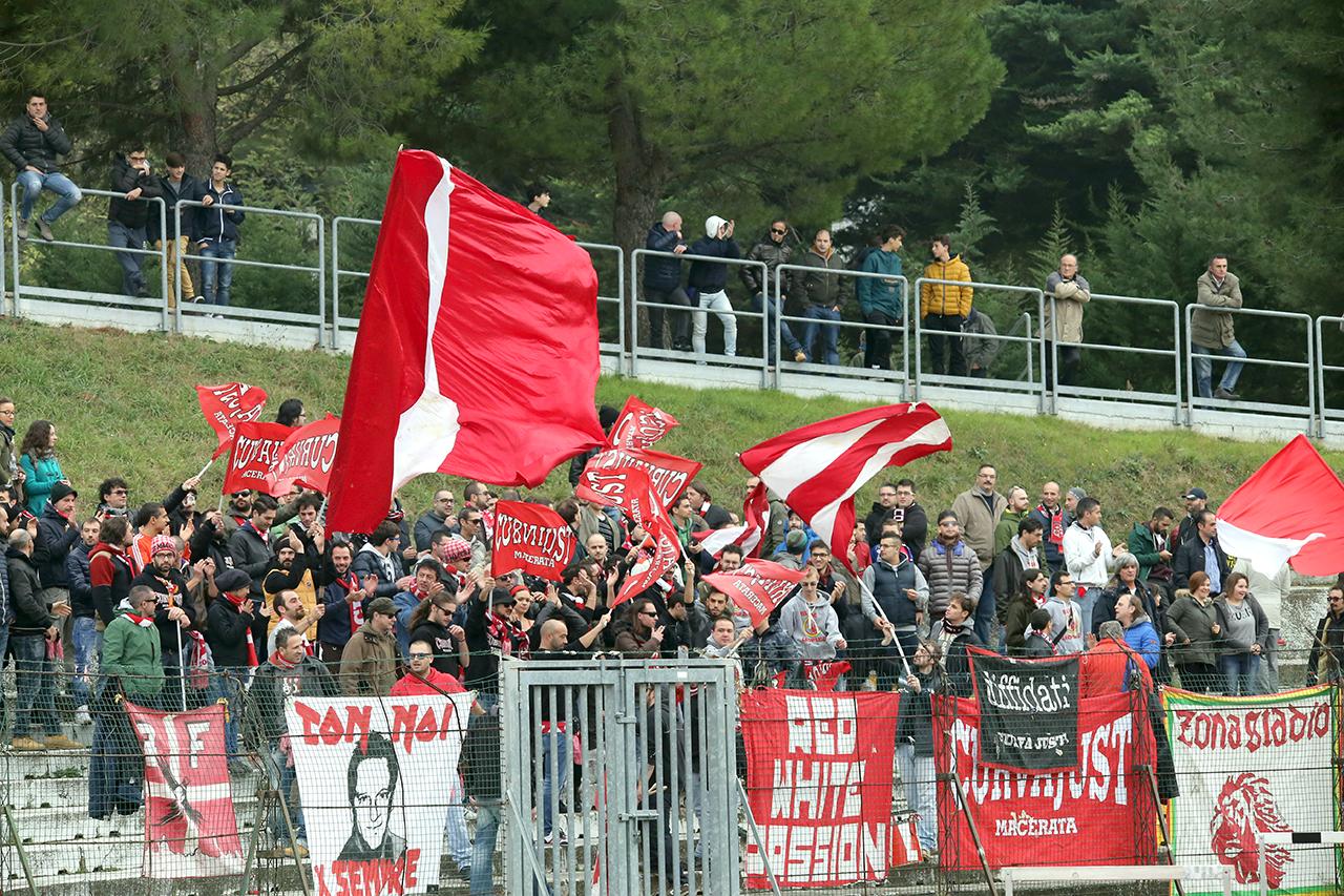 Tifosi Maceratese (2)