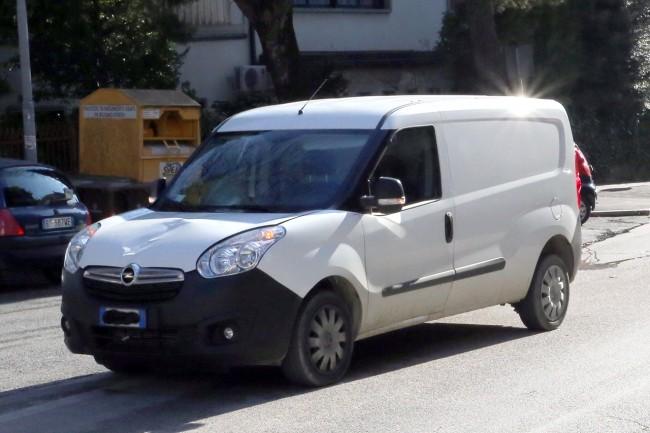 Uomo investito Via Spalato Macerata (7)