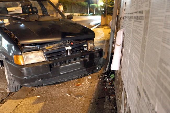 auto contro muro (5)