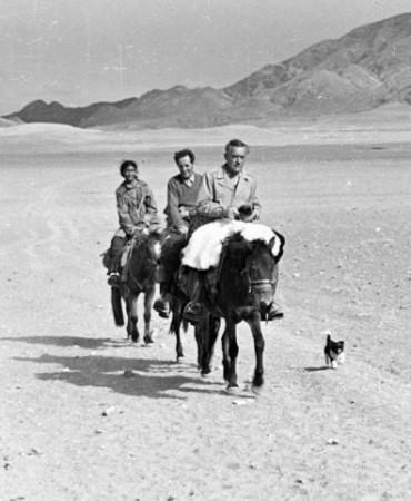 giuseppe-tucci-con-regolo-moise-in-tibet