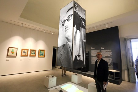 ARTE MODERNA AL BUONACCORSI - Il sindaco Carancini illustra la sala dedicata a Ivo Pannaggi