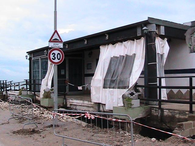 Diverse le mareggiate che hanno danneggiato gli chalet a Porto Recanati