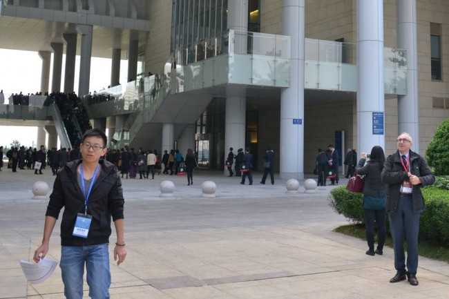 Nona_Conferenza_Istituti_Confucio_ingresso_delegazioni2
