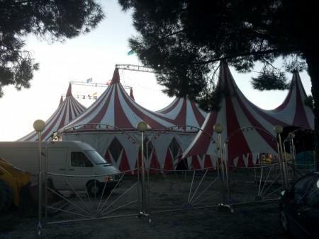 I tendoni del circo Orfei al campo Boario di Villa Potenza