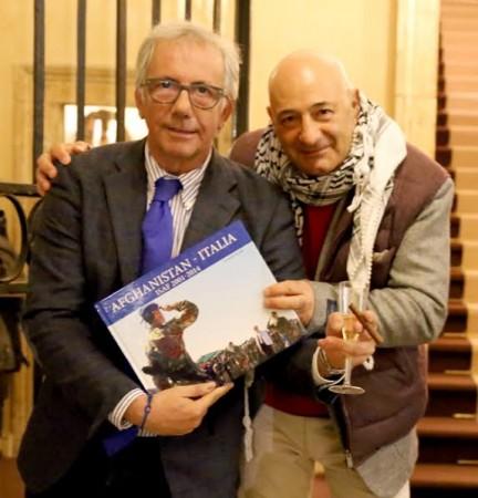 Guido Picchio con Paolo Notari (La Vita in diretta) nella presentazione a Roma