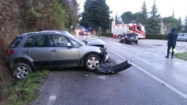 L'incidente lungo la strada provinciale 78 ad Urbisaglia