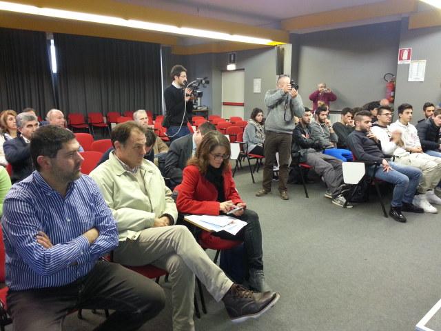 La platea durante la conferenza di presentazione