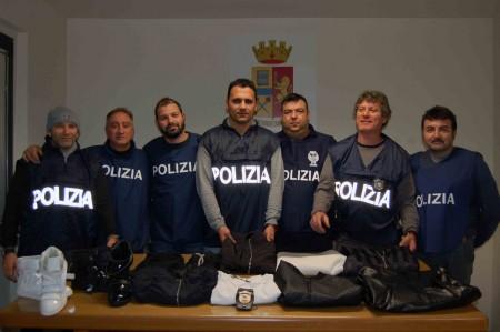 polizia blitz civitanova