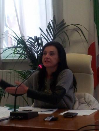 Il sindaco Sabrina Montali all'incontro con i bagnini