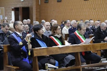 Il Comandante della Capitaneria di Porto Tenente di vascello Michele Grottoli assieme a Paola Mariani e Ivo Costamagna