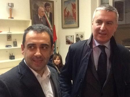 Francesco Comi con il vice Renzi Lorenzo Guerini durante la direzione regionale del Pd