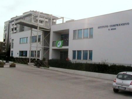 La scuola elementare Gramsci-Matteotti di via Alighieri