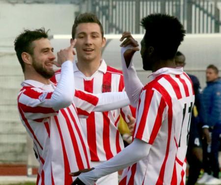 Daniele Ferri Marini, Alessandro D'Antoni e Daniel Kouko brindano al successo contro il Celano