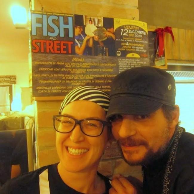 Manuela di 0733 e Tiziano Schiavoni al primo appun ... delle sfide #4mani, chiamato Fish and street