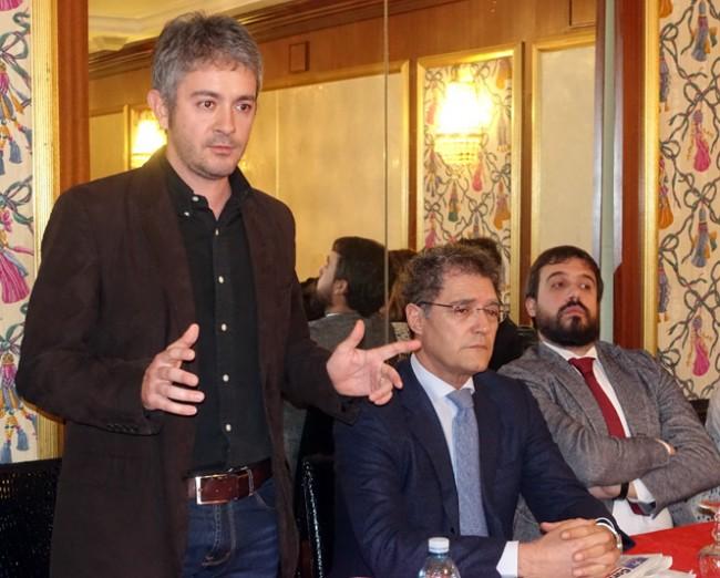 L'intervento di Nicola Perfetti, il giovane avvocato renziano, sembrava dover essere lo sfidante di Carancini