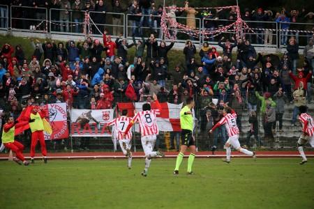 Garaffoni esulta per aver realizzato il gol vittoria