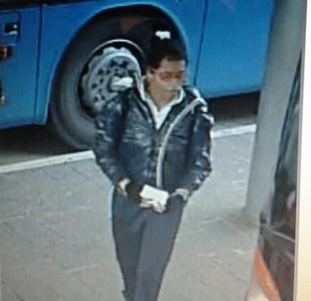 L'immagine di Ana Maria al bus terminal di Macerata